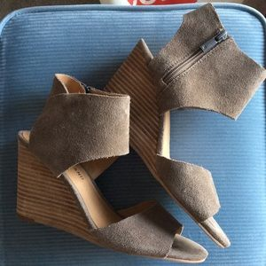 Lucky Brand suede wedges - size 8